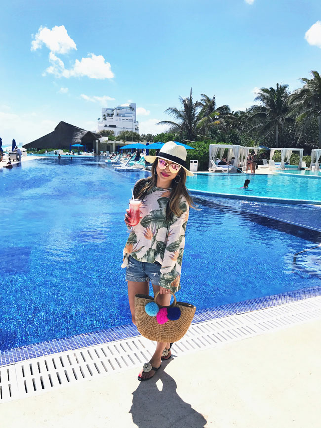 Live Aqua Cancun In Style Red Soles And Red Wine