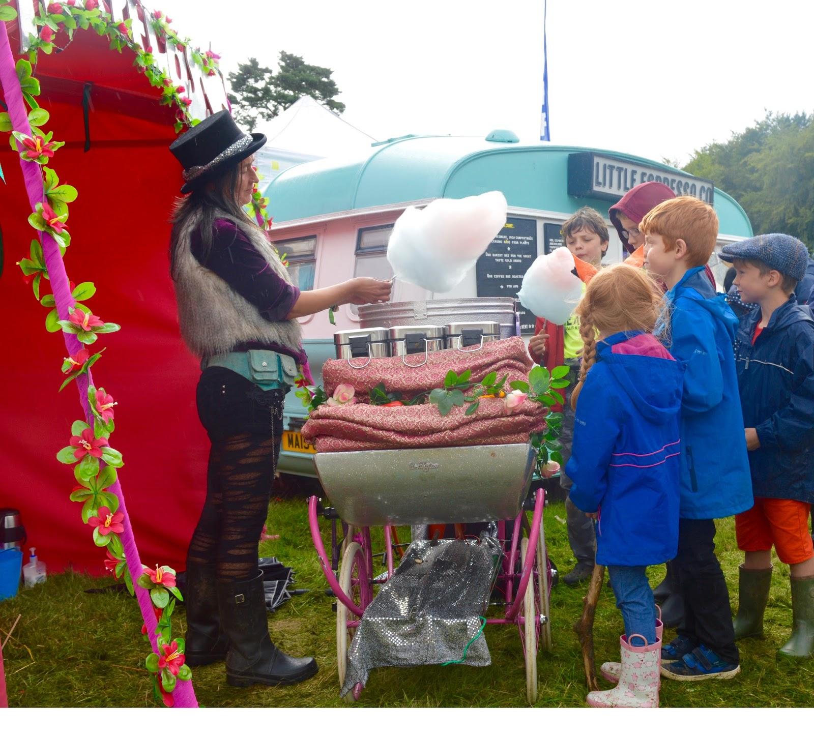 33 Reasons we LOVED the Just So Festival 2016 - fairy candy floss