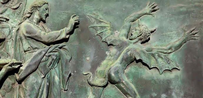 Jesus Cristo exorciza o demônio. Detalhe da porta de bronze da catedral de Pisa