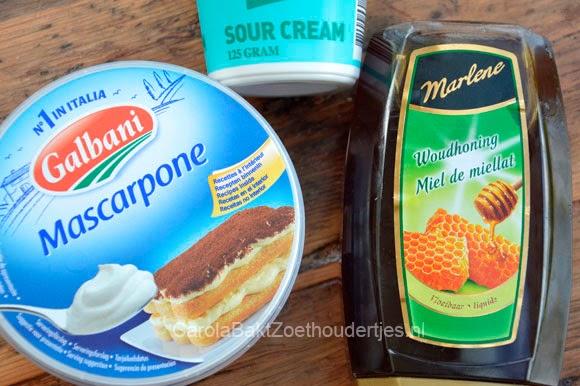 Bramentaart met honing, mascarpone en amandelspijs