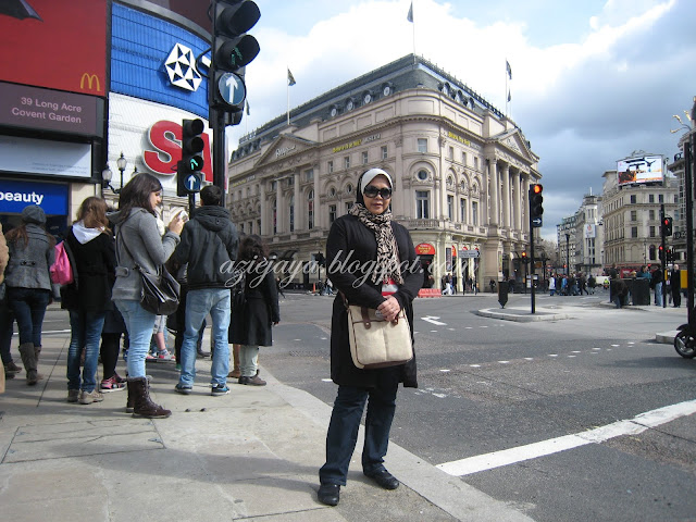 London Part 4: Petticoat Lane dan Oxford Street