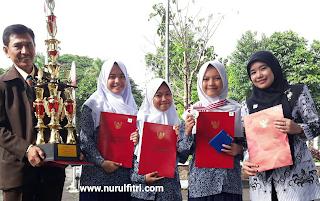 http://www.nurulfitri.com/2017/09/4-gaya-asuh-ibu.html