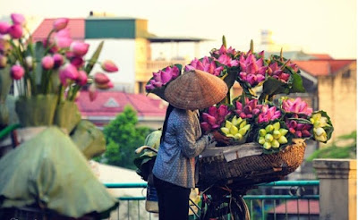 Baskets of street vendors- Never old to Hanoi 5