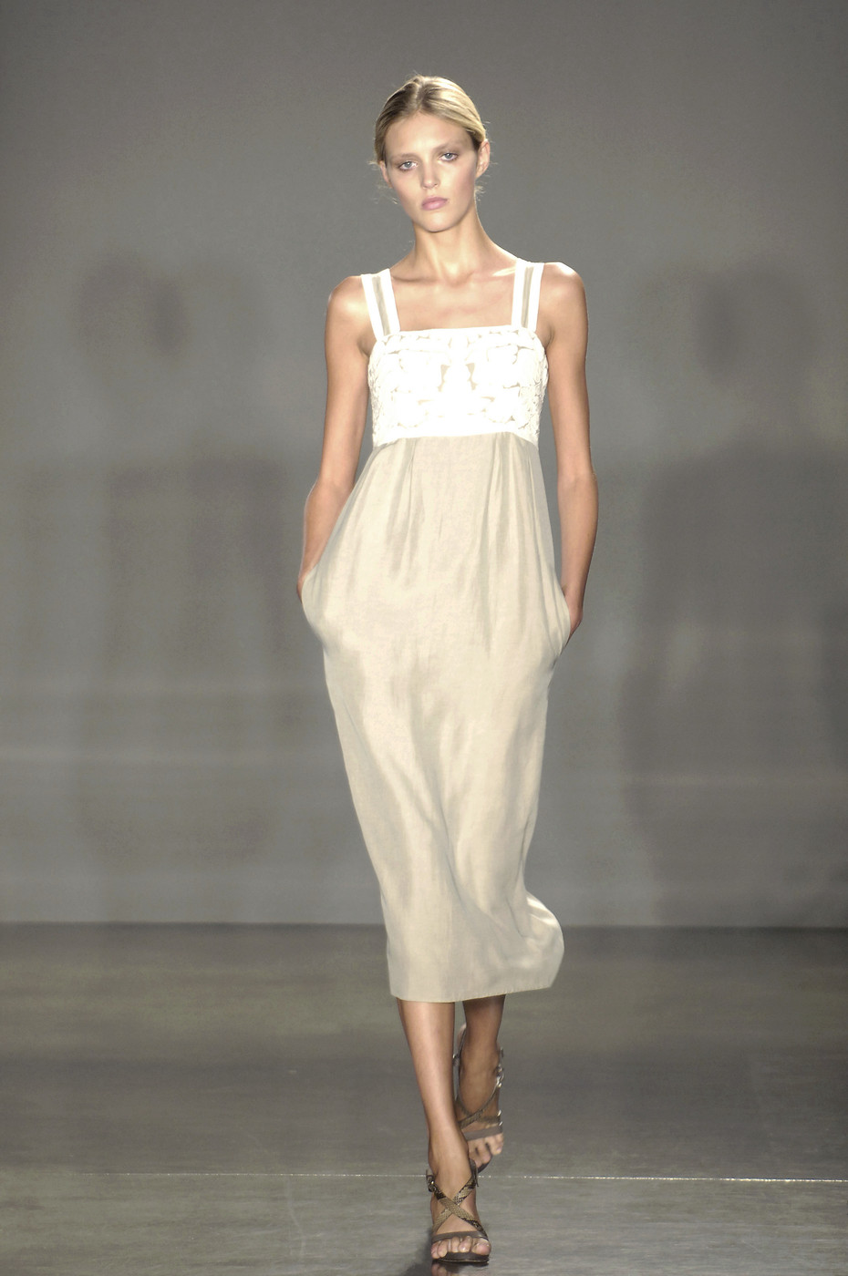 Proenza Schouler Spring/Summer 2006 via www.fashionedbylove.co.uk