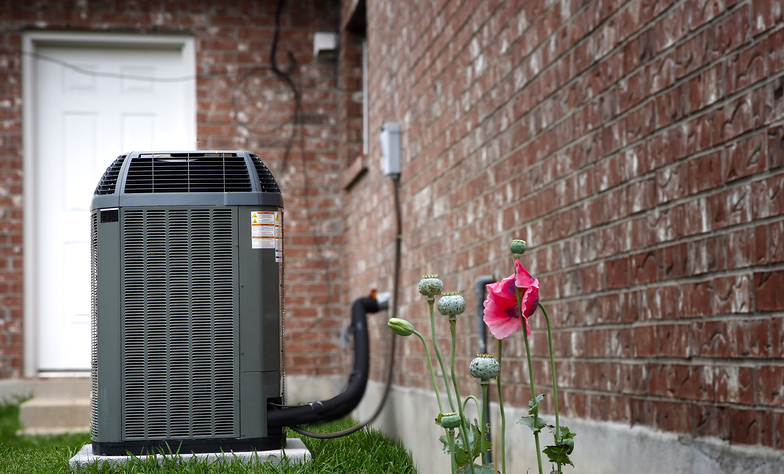5 Cool Gadgets to Make Your Air Conditioner Smarter