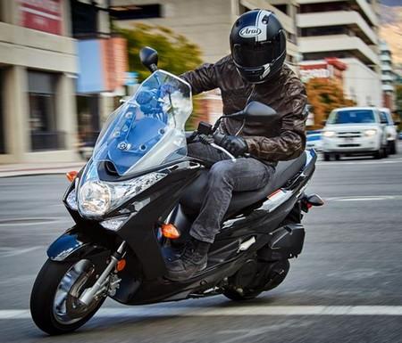 Spesifikasi Yamaha SMAX