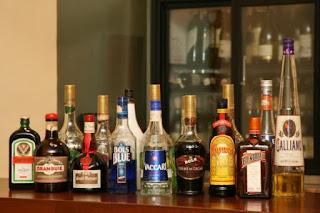 alcohal-in-schoolbag-patna