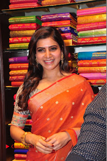 Actress Samantha Pictures in Saree at South India Shoping Mall Launch 0336