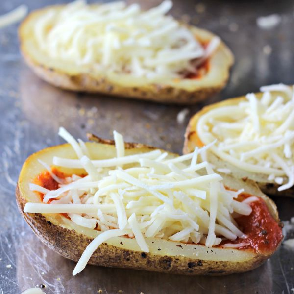 Pepperoni Pizza Potato Skins | by Renee's Kitchen Adventures - Pizza meets potato skins in this easy to make recipe perfect for game day!  #Naturallycheesy #ad