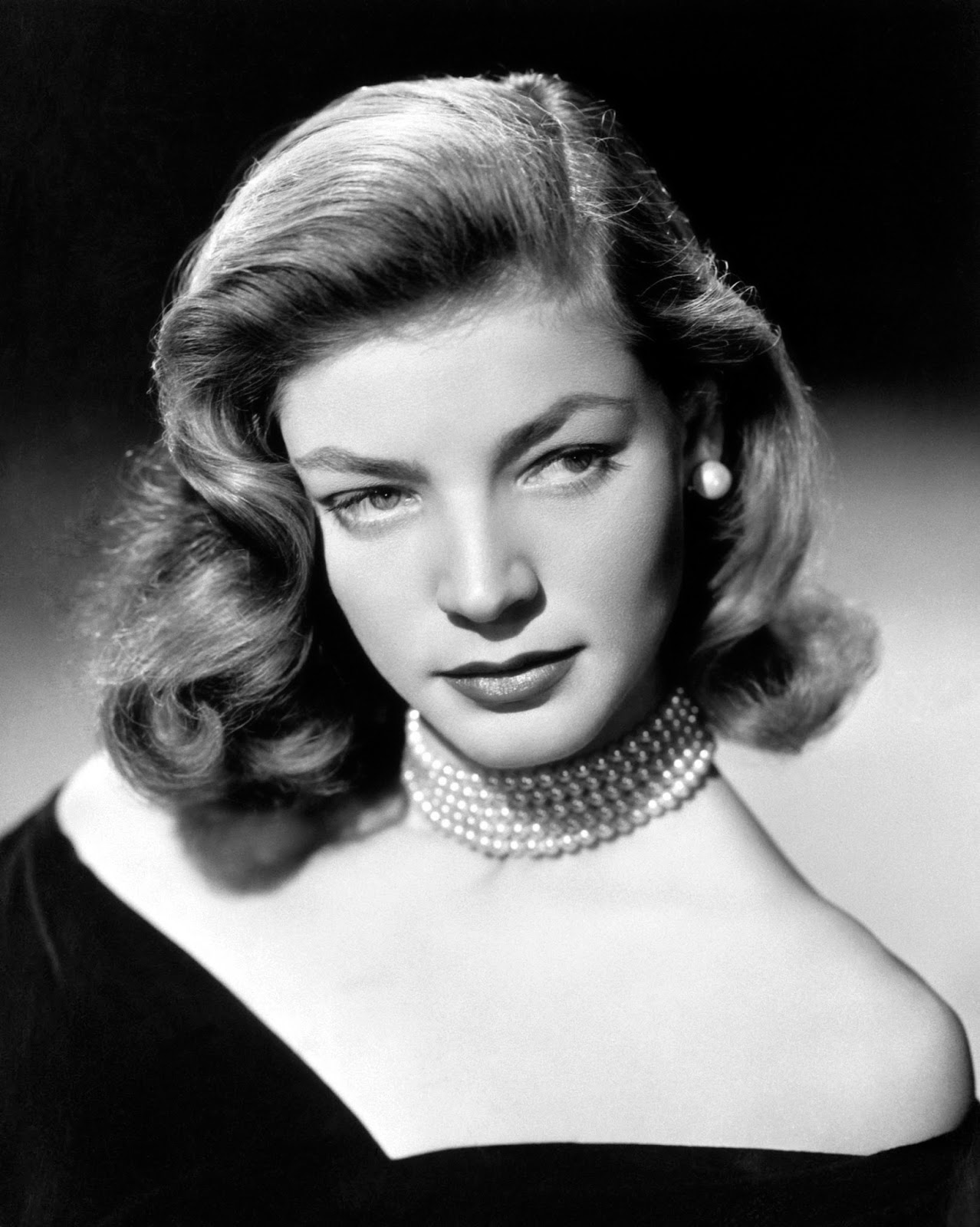 Sexy Lauren Bacall nudes (13 photos) Video, 2020, see through