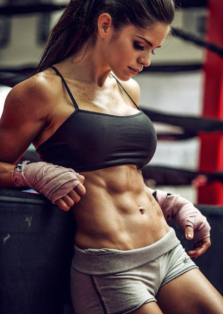 Michelle Lewin - Hottest Fitness Women