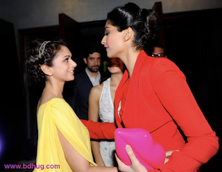 Aditi Rao Hydari Bollywood Actress Biography Hot Photos With Actress Sonam Kapoor