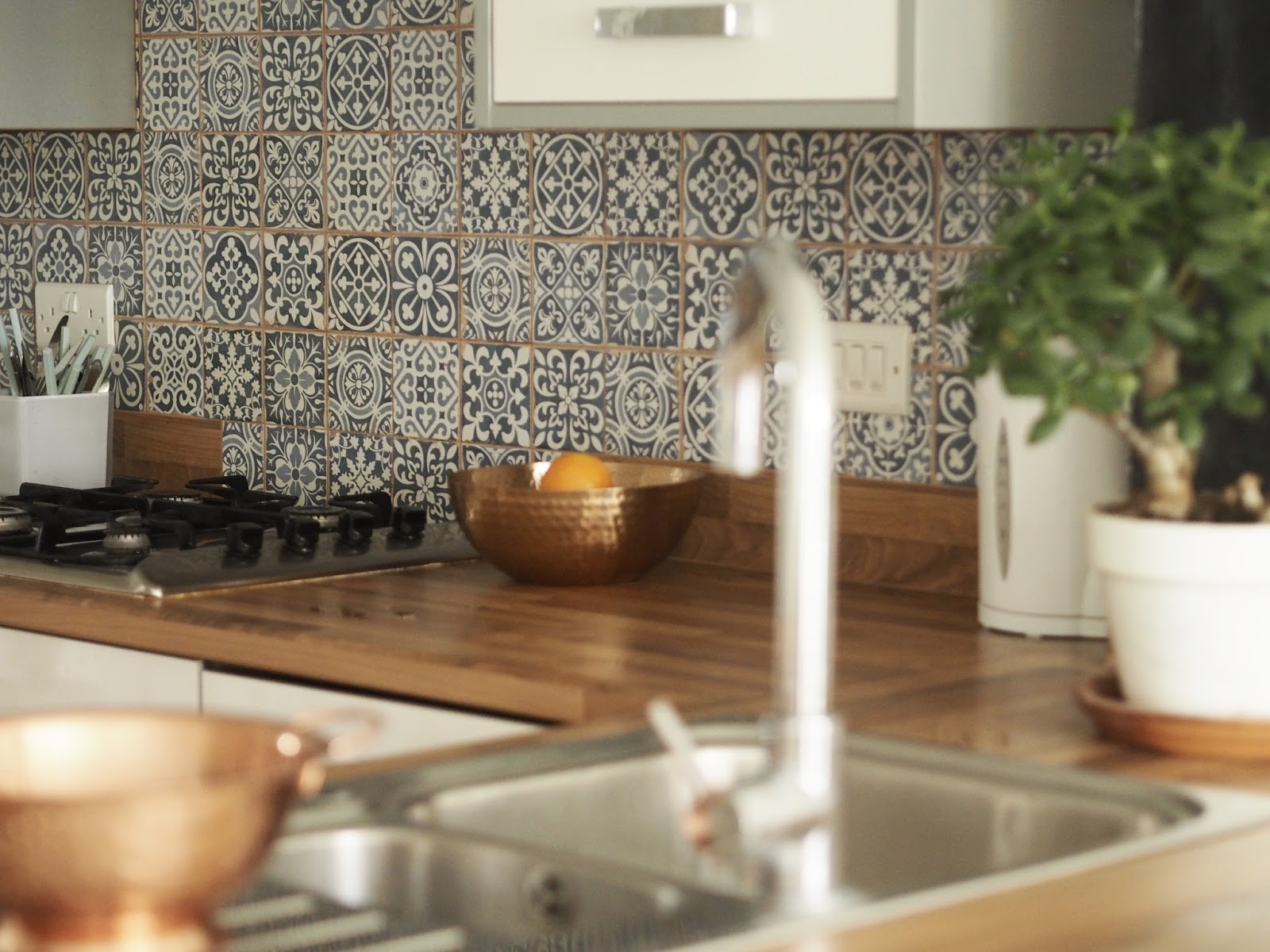 OUR NEW MOROCCAN KITCHEN TILES: BEFORE & AFTER