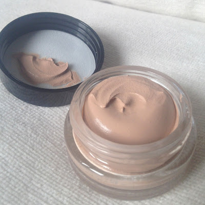 max-factor-whipped-creme-foundation-50-natural