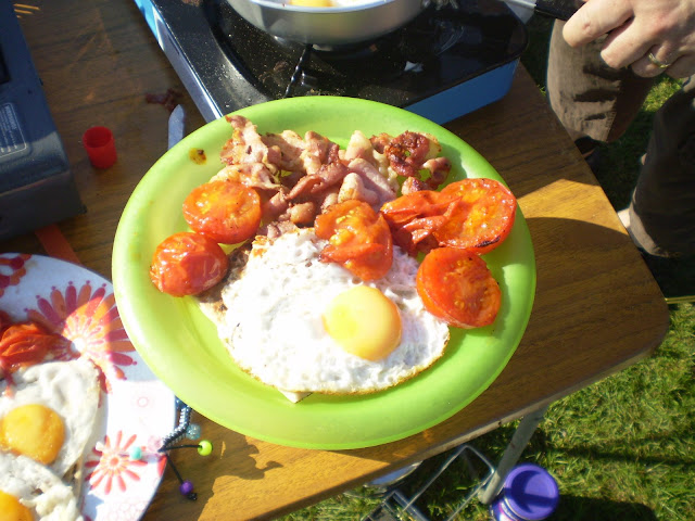 full english breakfast camping cooking
