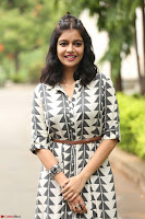 Swathi Reddy Looks super cute at London Babulu theatrical trailer launch ~  Exclusive 058.JPG
