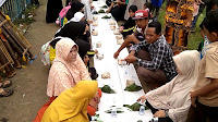 Ribuan Orang Makan Bersama di Tanggul Waduk Penjalin