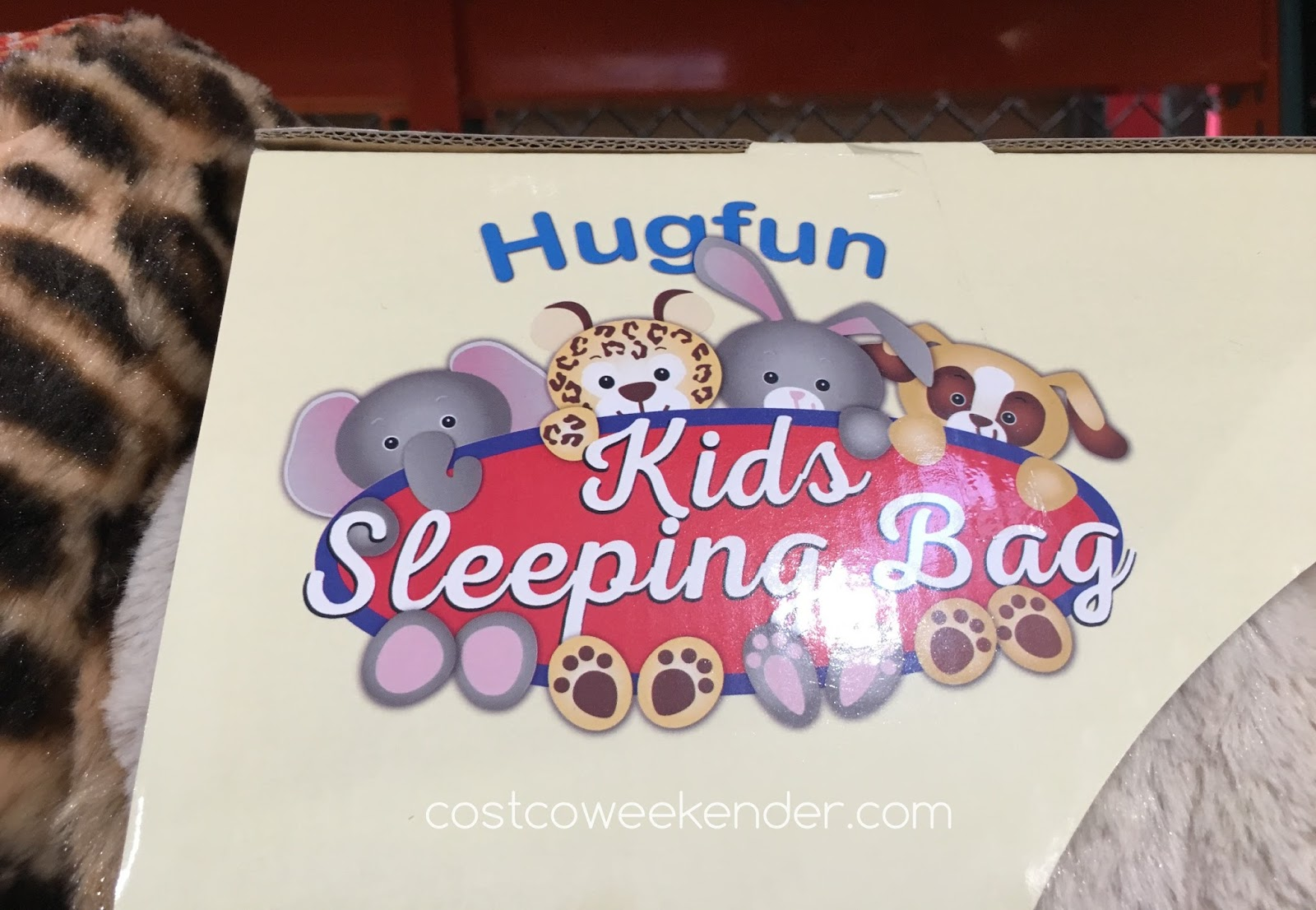 Enjoy a sleepover at your friend's house with the Hugfun Kids Slumber Bag