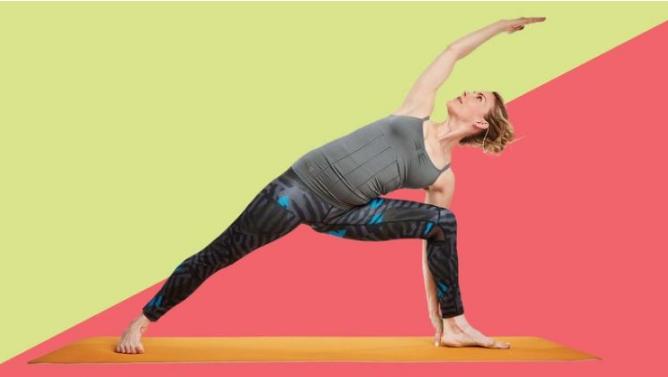 gerakan yoga postur memanjangkan lengan