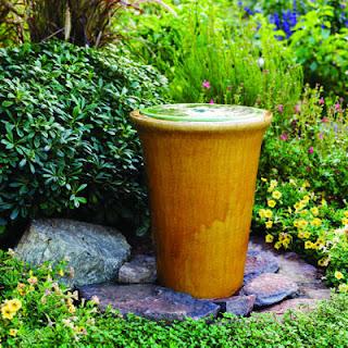 Đài phun nước mini trong vườn 2