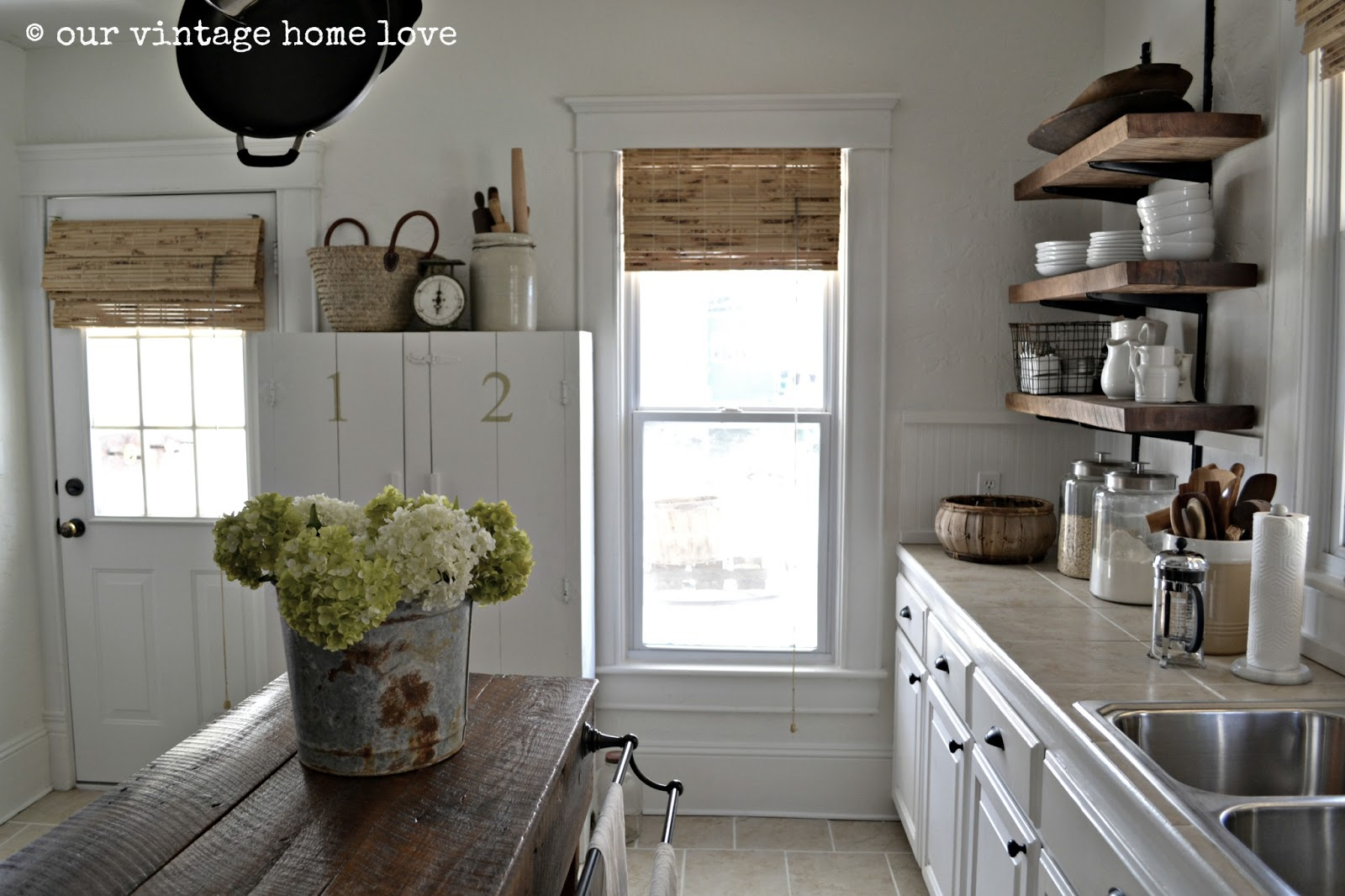 Benjamin Moore Simply White: Vintage Home Love: Simply White