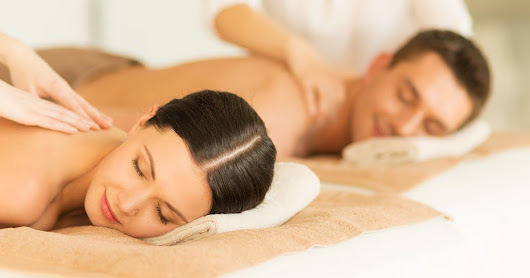 Tuhina Body Massage Best Body Massage Parlour in Kolkata-Body To Body Massage.