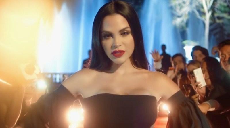 """Natti Natasha lanza su videoclip """"Obsesión"""""""