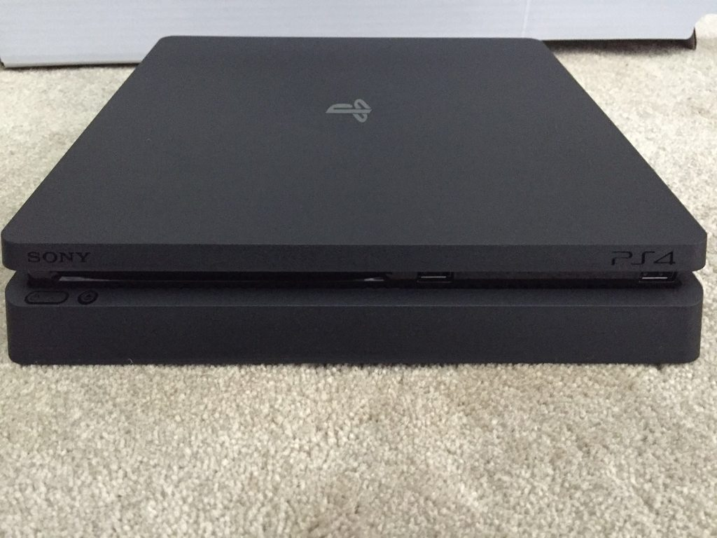 PlayStation 4 slim images leak on auction site