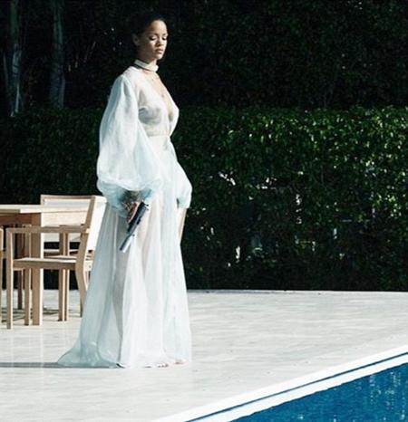 Rihanna Nipples Pierced 73