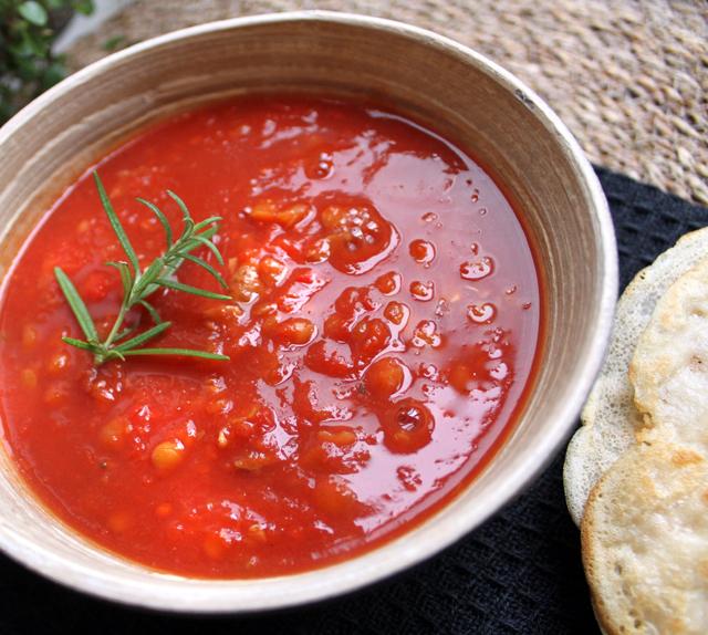 Oppskrift Hjemmelaget Tomatsuppe Pannekaker Mutti Tomater Best