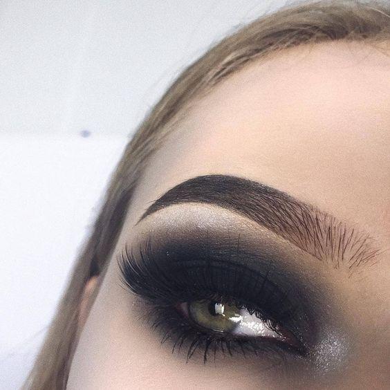 Maquiagem Sombra esfumada
