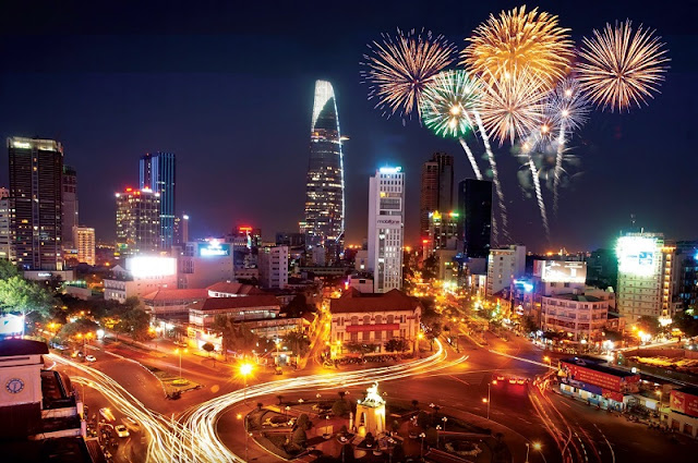 HCM City announces firework displays on New Year, Tet 1