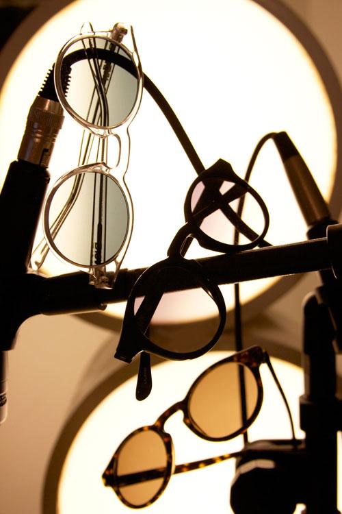 0acda8f36fffc Ideal para quem quer estar na tendência sem parecer caricato  Compre este  óculos aqui.