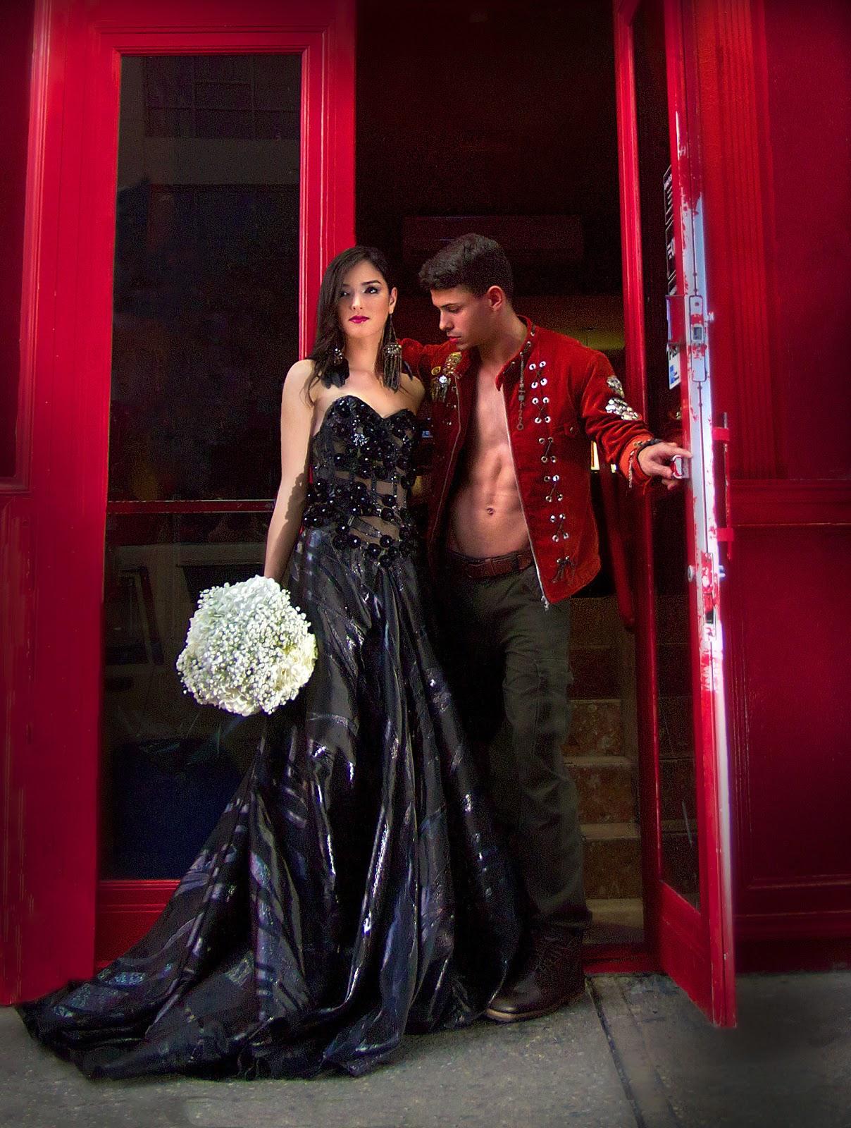 Speedlight Wedding Photography: Sexy Bride II: Wedding Photography With Speedlights, LED