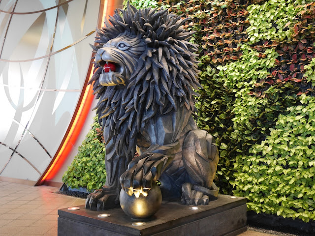 guardian lion at City of Dreams in Macau