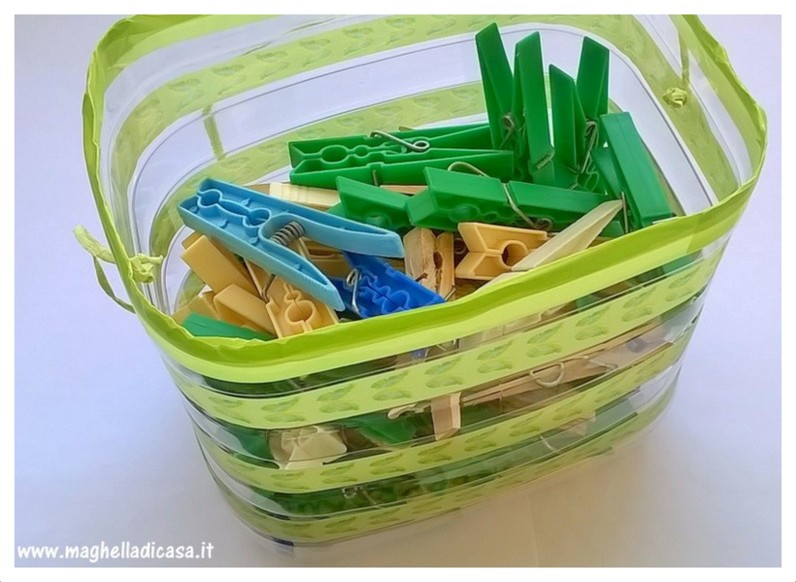 Come riciclare un contenitore in plastica e realizzare un for Riciclare plastica in casa