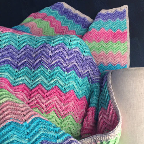 Textured Chevron Blanket – Free Pattern