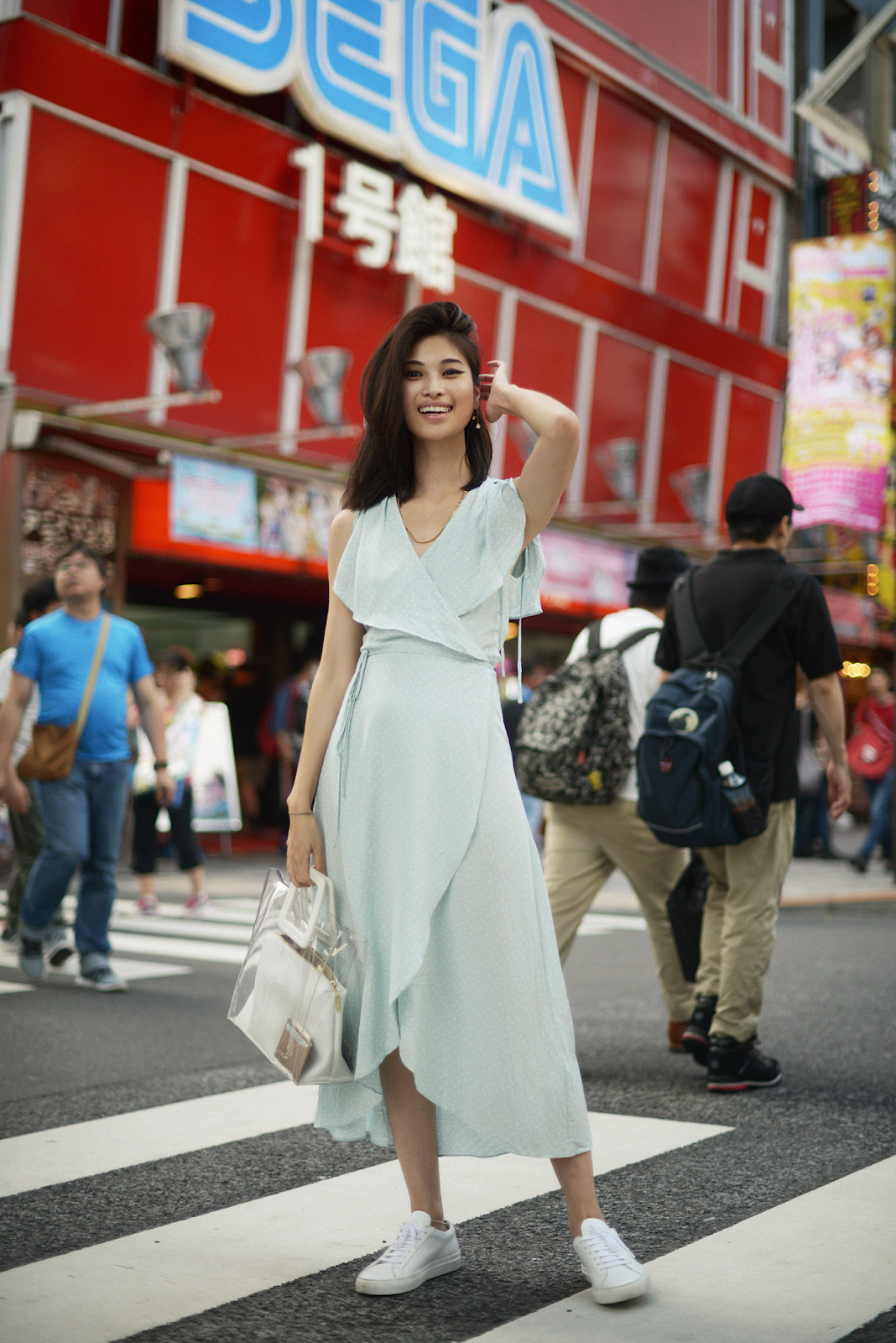 Akihabara girl, streetstyle Tokyo, weekend style, Mint dresses, &Otherstories dress, Tokyo style - FOREVERVANNY / 072018 / Home Sweet Home