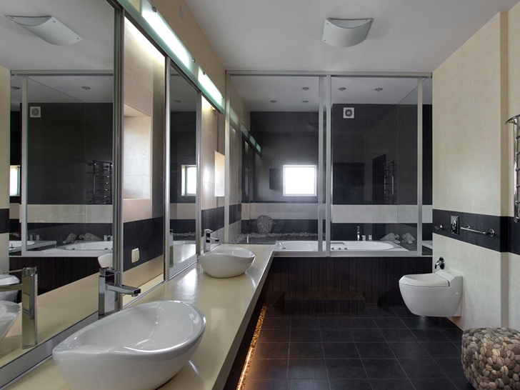 Bathroom in Modern house by Yakusha Design
