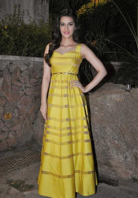 Actress Kriti Sanon Latest Photo Stills