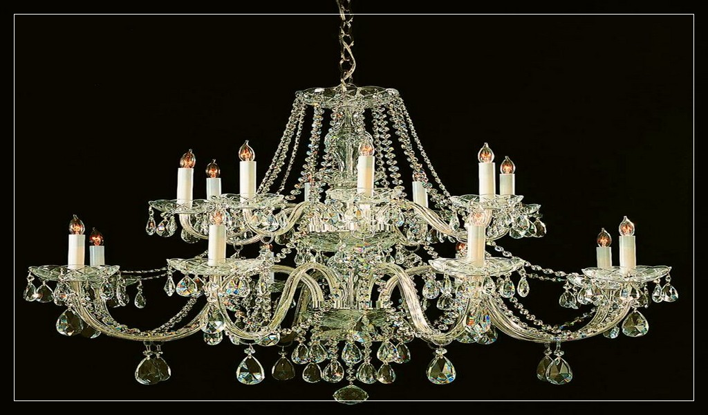 Alamande traditional crystal 8 light brass chandelier ideas - Antike schlafzimmermobel ...