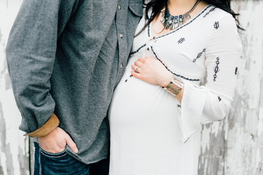 Spring Maternity Session | North Bend Photographers | Something More Photography