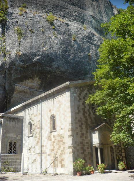 eremo sotto la pietra di Bismantova