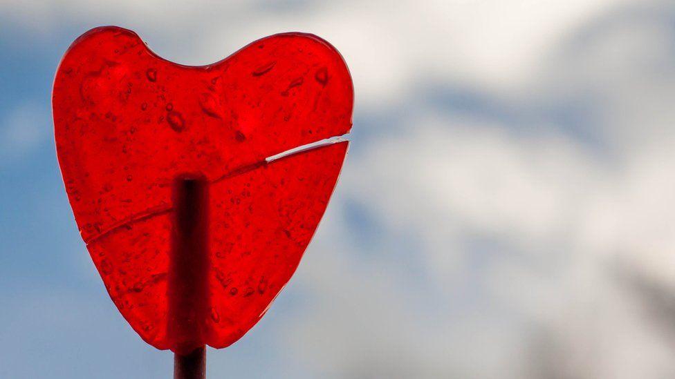 Sindrom patah hati bisa mengakibatkan gagal jantung. Para jomblo wajib baca!!!!!