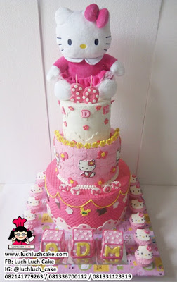 Kue Tart Tingkat Tiga Hello Kitty Fondant 3d