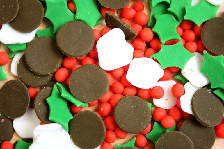 homemade christmas pudding fondant sprinkles