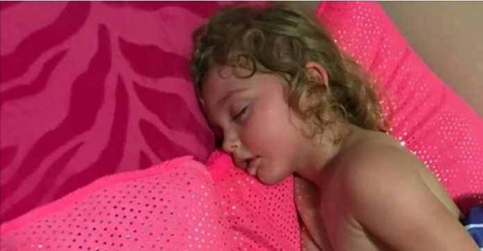 The Girl Refuses To Wake Up From The Nap - Then The Terrified Mother Realizes The Horrible Truth
