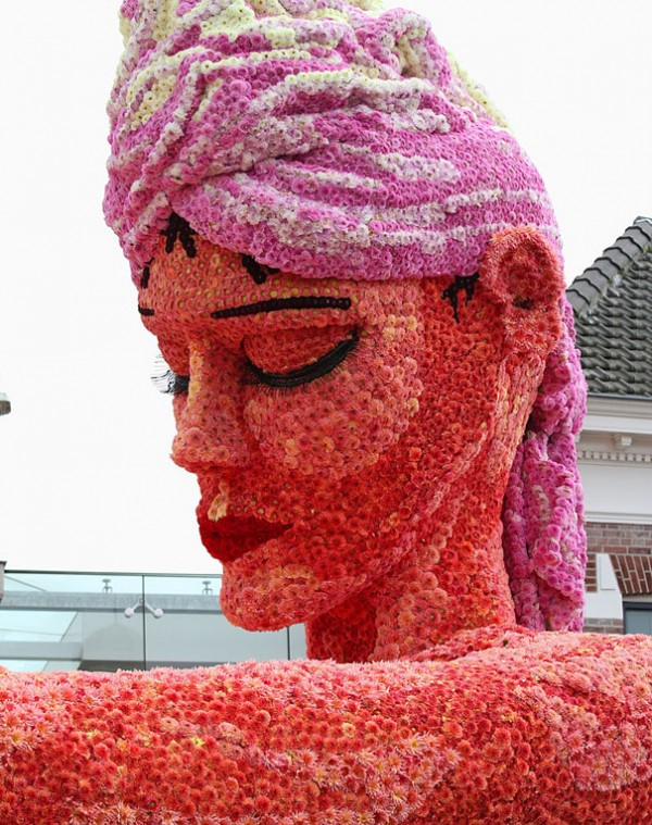 Gigantic Flower Sculpture-20