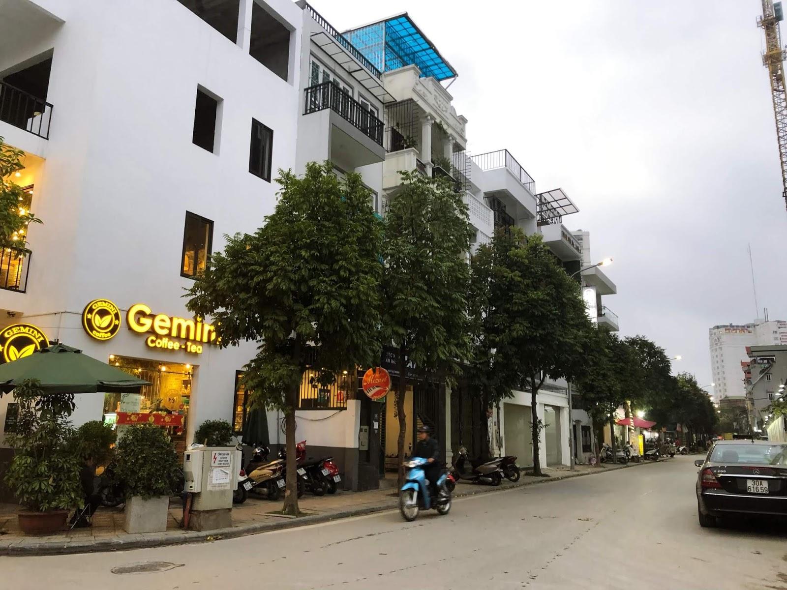 Bao bọc xung quanh dự án chung cư Minh Khai là khu liền kề