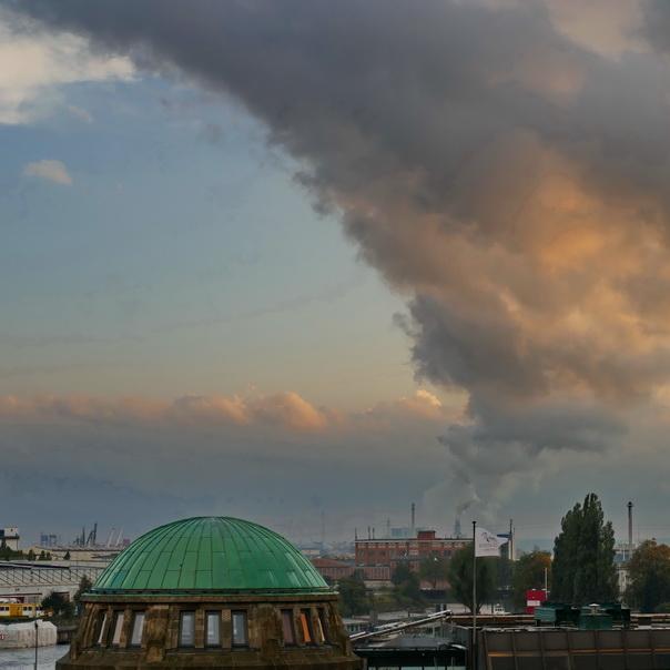 Hafen, Hamburg, Landungsstege, Kamin, Rauch, Wolken,